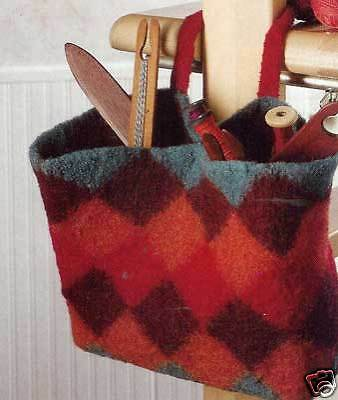 Handwoven magazine nov/dec 2008:pin-loom totebag felted